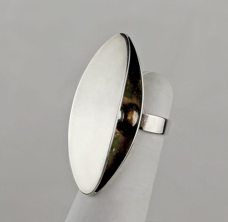 Dynamic Modernist Sterling Silver Ring - Finland 1970