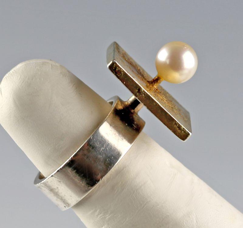 Hans Hansen Modernist Sterling, Vermiel and Pearl Ring Denmark MCM