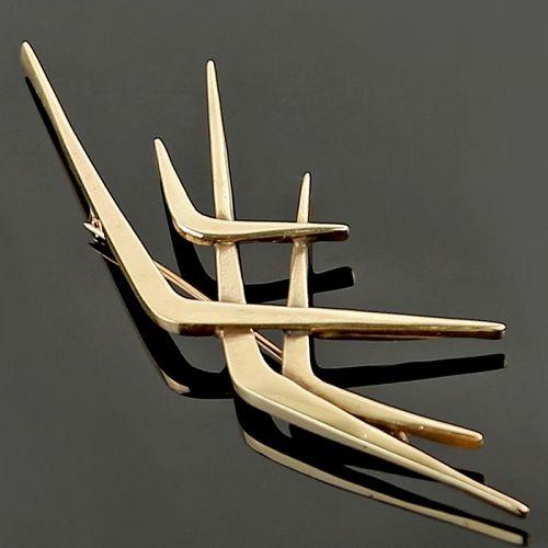 Ruth Berridge Modernist 14K Gold Brooch Mid 20th Century