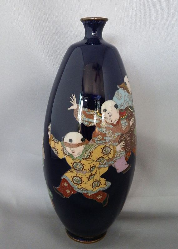 Japanese Cloisonne vase with Blind Man's Bluff Motif