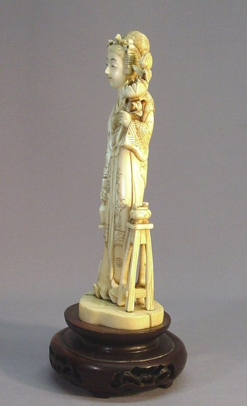 JAPANESE WALRUS TUSK CARVING OF A YOUNG LADY