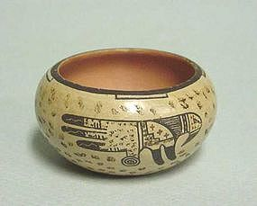 SMALL AMERICAN HOPI POT