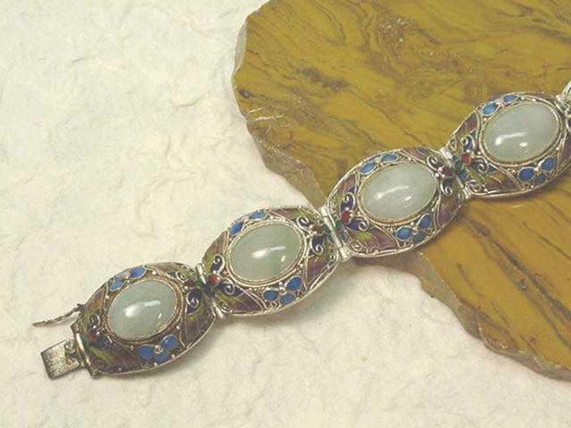 CHINESE CLOISONNE AND JADE BRACELET