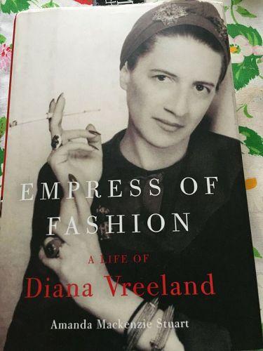 1st Ed~ EMPRESS OF FASHION A LIFE OF Diana Vreeland HC/DJ