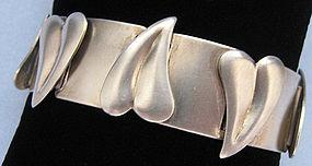 Rebajes Brushed Sterling Leaf Bracelet