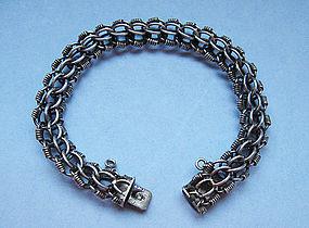 Silver Bracelet of Multiple Links