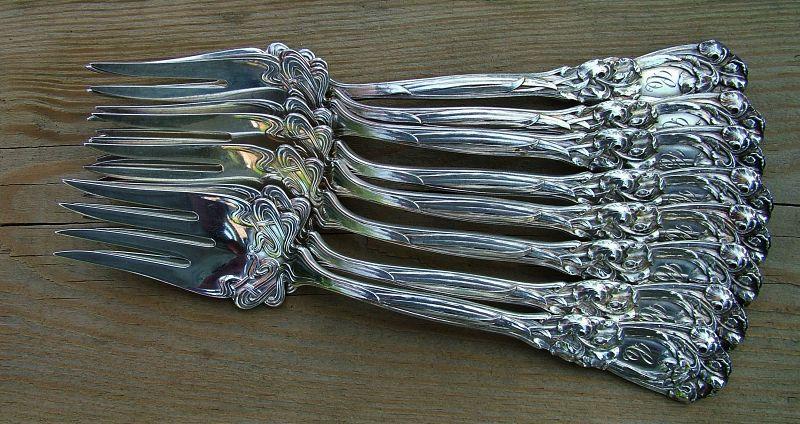 Durgin IRIS fish forks, eight