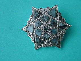 Scottish sterling and agate six sided star brooch