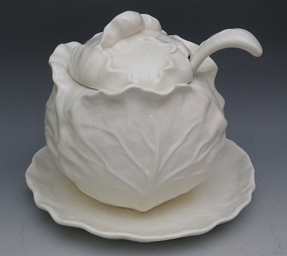 Metlox White Cabbage Line Soup Tureen Poppytrail Item 1194106
