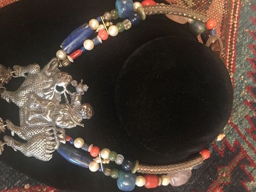 CHINESE SILVER KIRIN AND LAPIS LAZULI  NECKLACE