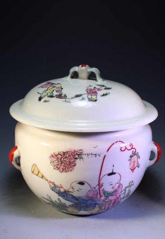 Chinese Porcelain Lidded Dish,