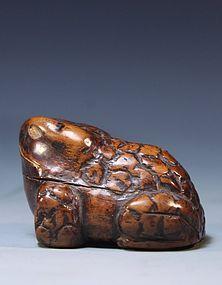 Japanese Carved Wood Netsuke; Toad. Meiji Pd.