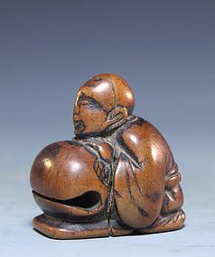 Japanese Carved Wood Netsuke; Peach. Edo Pd.