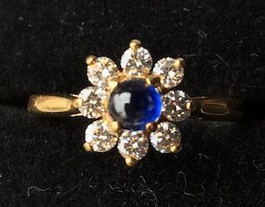 Tiffany and Co. 18Kt gold sapphire diamond  ring