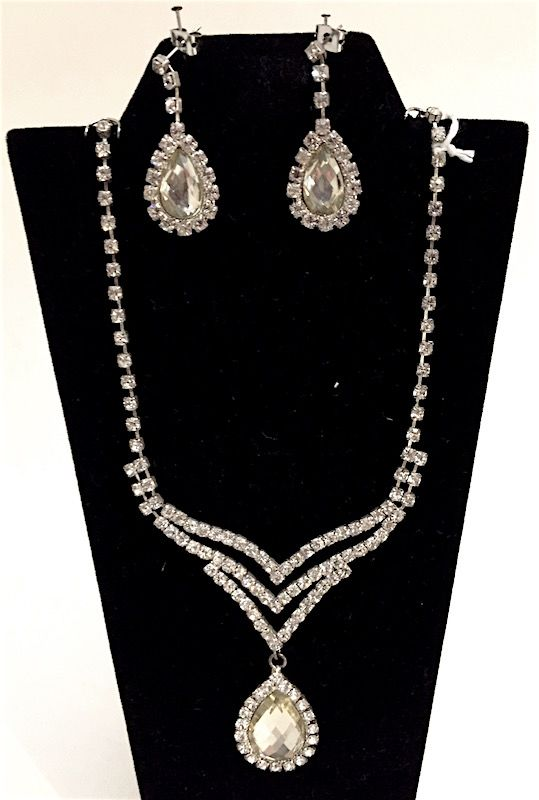 Vintage Rhinestone Art Deco necklace and earrings set
