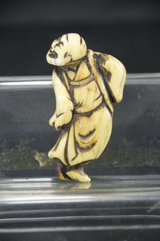 Ivory Netsuke, Japan, Mid Edo Period