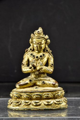 Important Gilt Bronze Statue of Vajradhara, Nepal, 15th to 16th C.