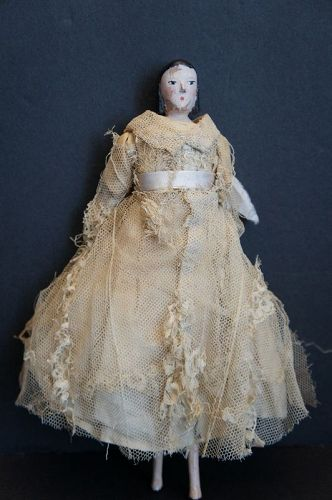"""9"""" peg doll with original clothes and nice early hair style,"""