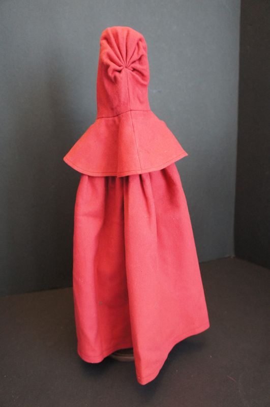 """Red Shaker doll cloak in very nice condition 14"""""""