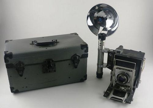 Graflex Speed Graphic Camera with Flash and Case, c. 1950