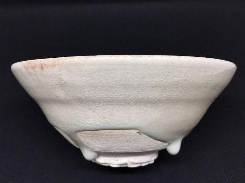 Karatsu Chawan tea bowl by Raizan Yasunaga