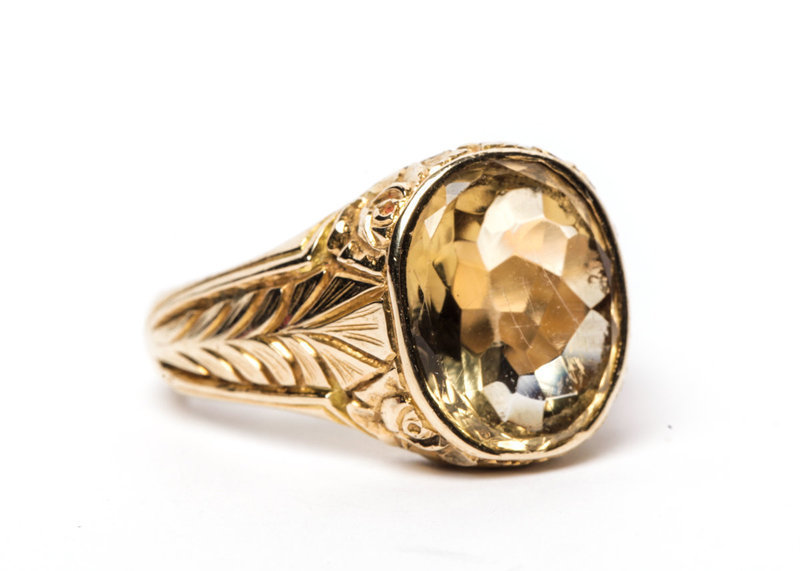 Engraved 18k Yellow Gold and Citrine Ring