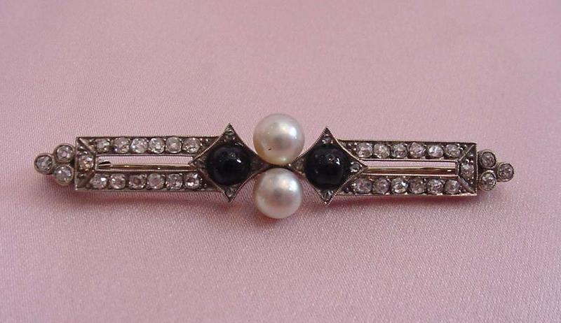 Art Deco Plat Diamond, Onyx, and Pearl Brooch