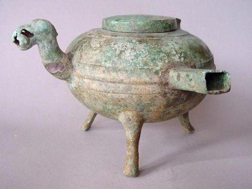 Western Han Dynasty tripod vessel