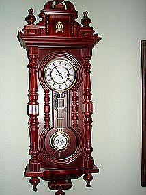 Reproduction Keyhole Clock