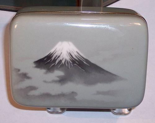 Japanese Meiji Cloisonne Wireless Enamel Box Mt. Fuji Attr Ando