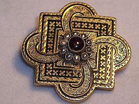 Handsome Victorian 14k Gold Brooch Black Enamel Garnet