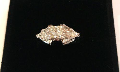 .60 CT PRINCESS CUT DIAMOND wTRIANGLE DIAMONDS ENGAGEMENT RING