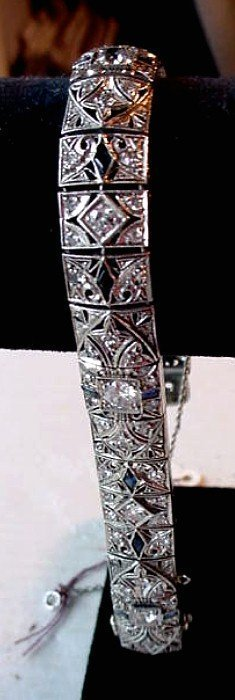 BEAUTIFUL ART DECO PLAT & DIAMONDS FILIGREE BRACELET