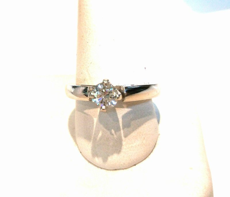 BEAUTIFUL PLATINUM DIAMOND ENGAGEMENT RING HALF CARAT VS1 GH