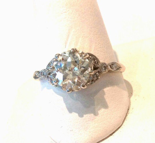 Platinum Diamonds Engagement Ring Art Deco Era  1.18 Ct. Center Stone