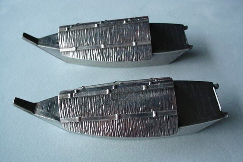 950 STERLING PAIR OF FIGURAL JAPAN BOATS SALT & PEPPERS