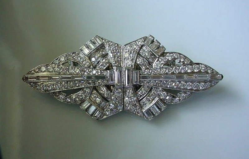 FANTASTIC ART DECO PLATINUM DIAMONDS DUETTE BROOCH