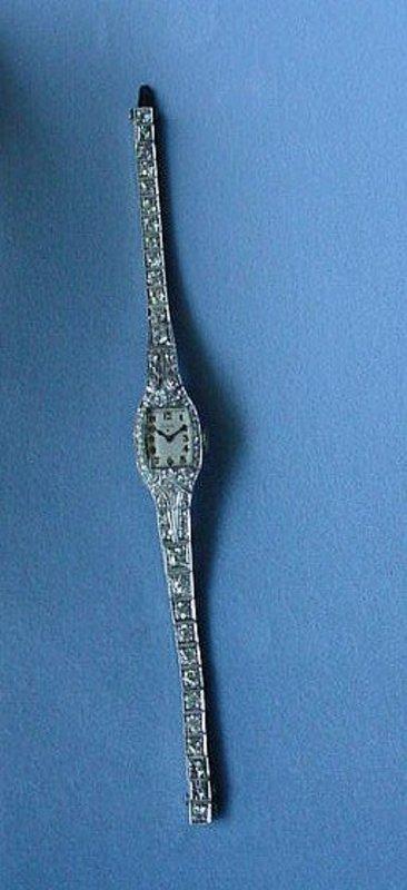LADIES PLATINUM DIAMONDS WRISTWATCH 3.5 CTS TDW