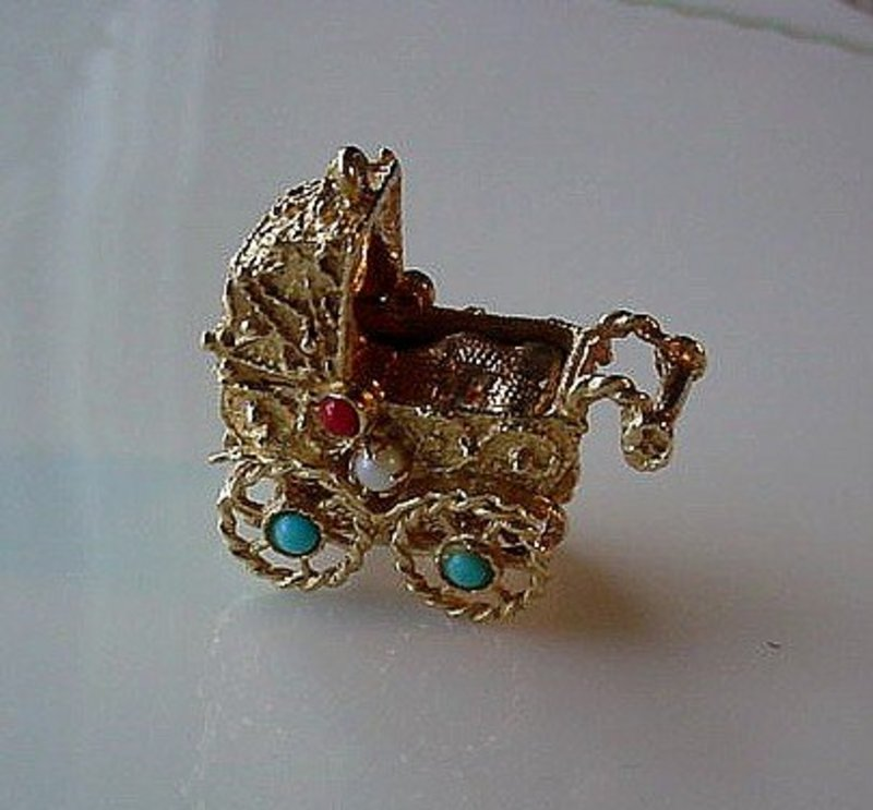 14K LG. SIZE BABY CARRIAGE CHARM BABY INSIDE... JEWELED