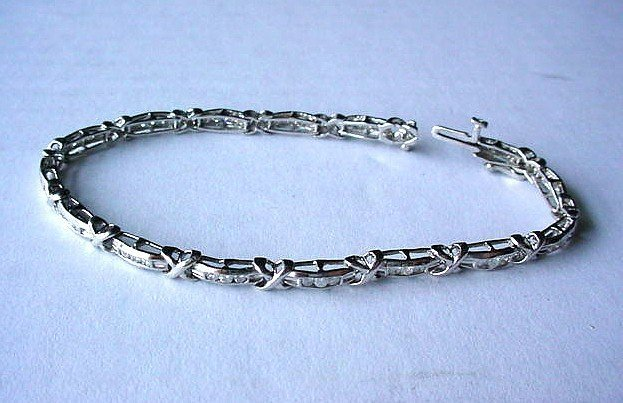 14K WHITE GOLD & DIAMONDS TENNIS BRACELET 1 CT DIAMONDS