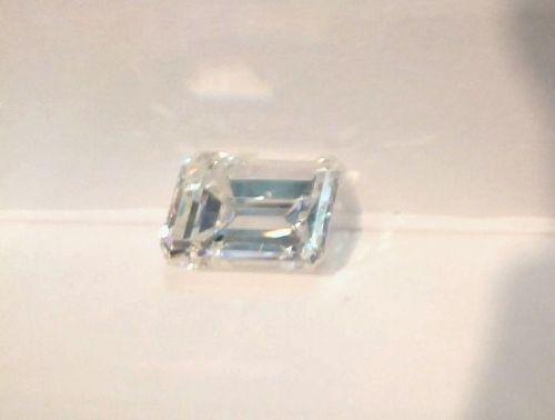 2.76 CARAT EMERALD CUT LOOSE DIAMOND  GIA CERT VS1 CLARITY  H COLOR