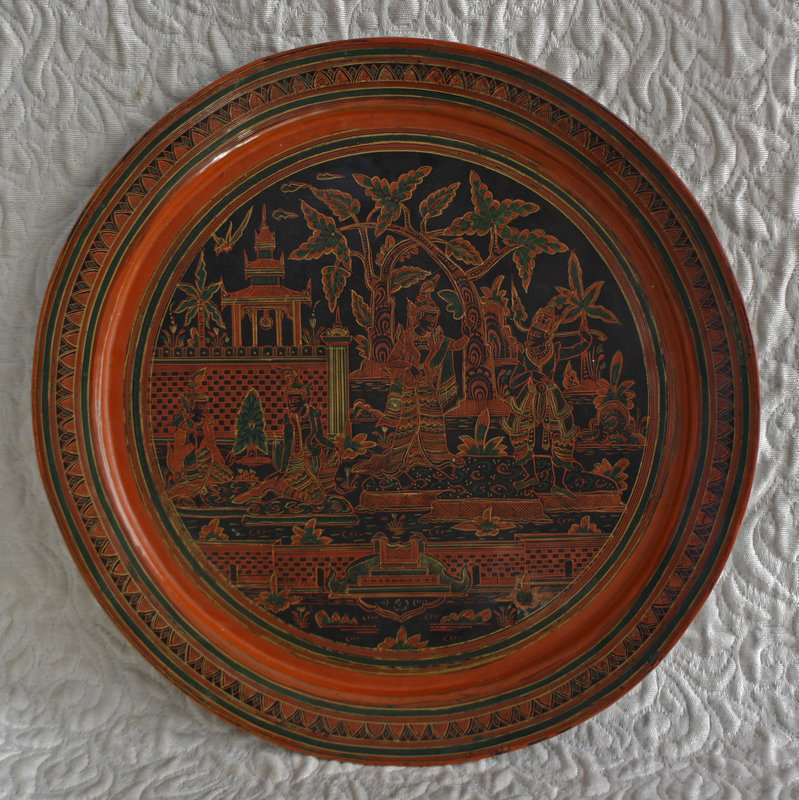 Larger Round Lacquerware Serving Tray Palace Garden