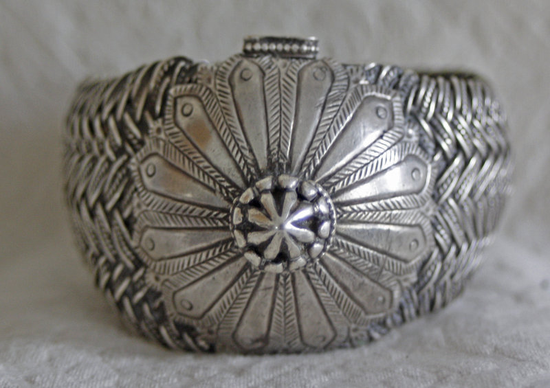 Antique Large silver central asian braided bracelet Indo-Persia