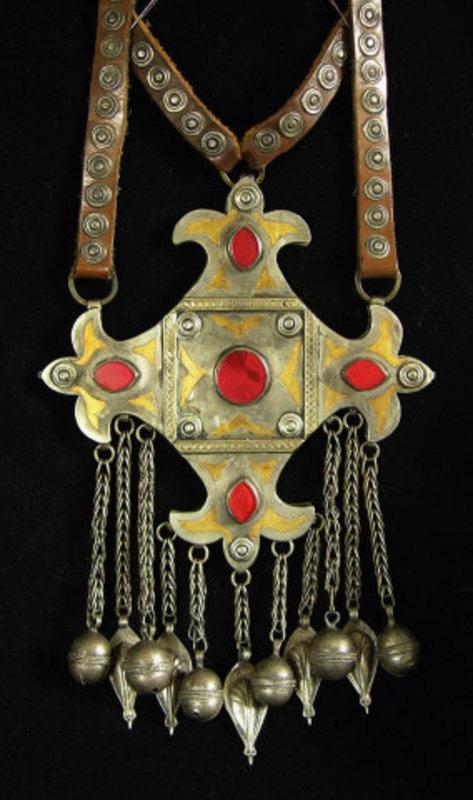 Very large Teke Turkomen pendant necklace