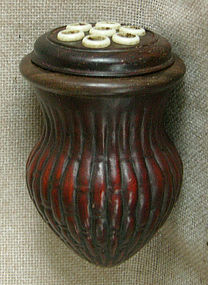 Chinese molded gourd cricket case rosewood lid