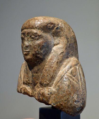AN EGYPTIAN SERPENTINE SHABTI FOR PETAMENOPHIS
