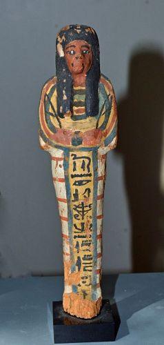 AN ANCIENT EGYPTIAN NEW KINGDOM WOOD SHABTI