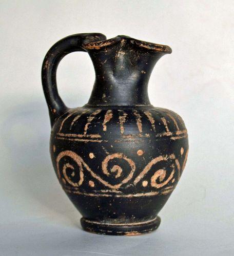 A GREEK TREFOIL OINOCHOE , @ 4TH CENTURY B.C.