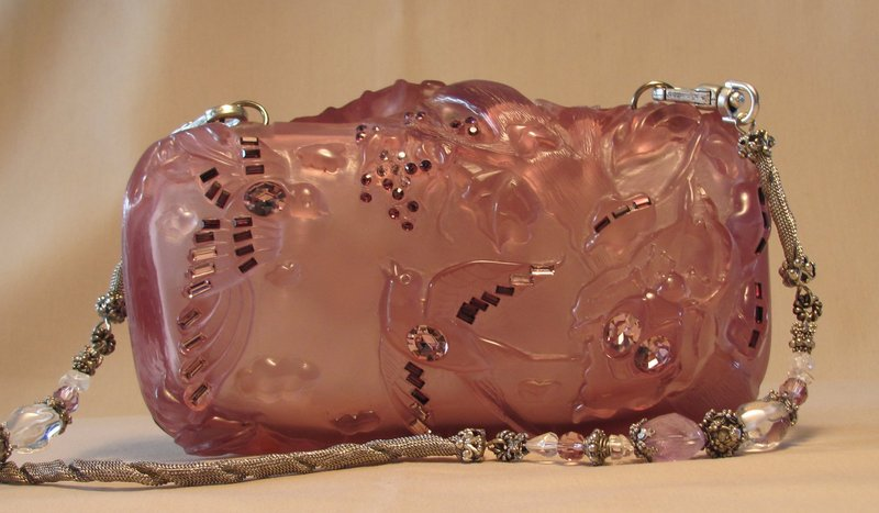 LAVENDER RESIN PURSE BY MAYA