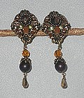 SHORT DANGLE CLIP EARRINGS BY MAYA